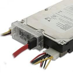 adapt-serial-ata-150-sur-equerre-connectland-ref0